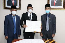 Murad Ismail Tetapkan Muhammad Djumpa dan Syarif Makmur Jadi Plh Bupati di Aru dan SBT
