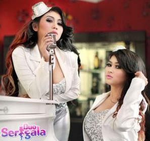 Download Lirik Lagu Duo Serigala Sianida