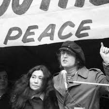 John Lennon and Yoko Ono March for Peace