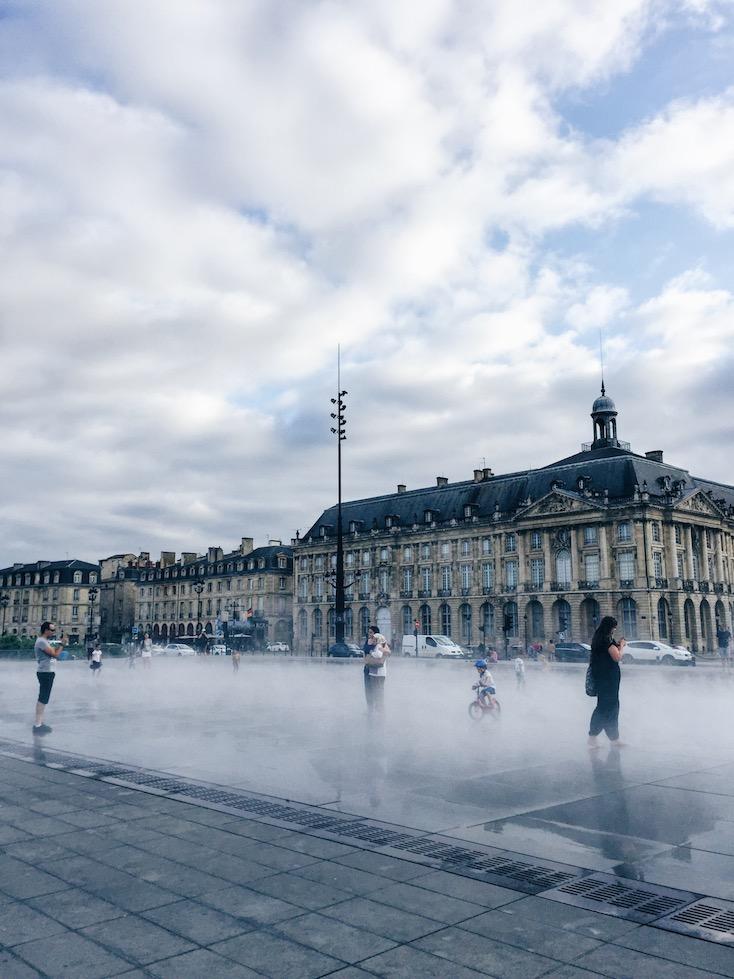 Bordeaux Sightseeing - Miroir d'eau