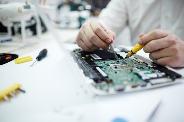 Questions To Ask Before Getting Your Mobile Phone Or iPhone For Screen Repair