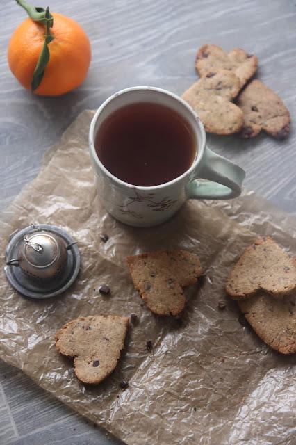 Cuillère et saladier : Sablés gingembre et pépites de chocolat (vegan)