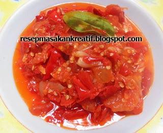 Masakan Indonesia sangat terkenal dengan kreasi sambalnya yang lezat serta variasi dan kom RESEP SAMBAL MERAH PADANG