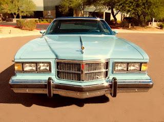 1975 Pontiac Grand Ville Front