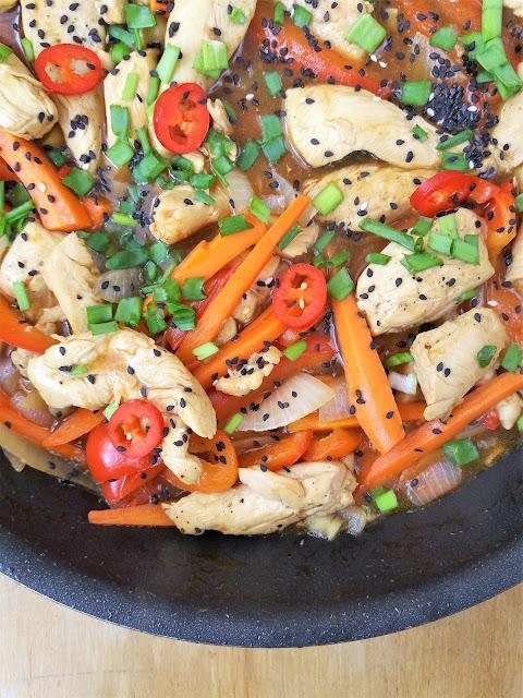 Kurczak po chińsku słodko kwaśny stir fry przepis