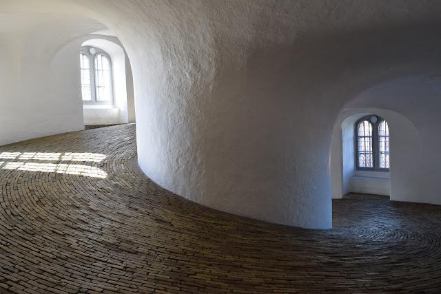 round tower, interior, copenhagen, observatory, rundetaarn