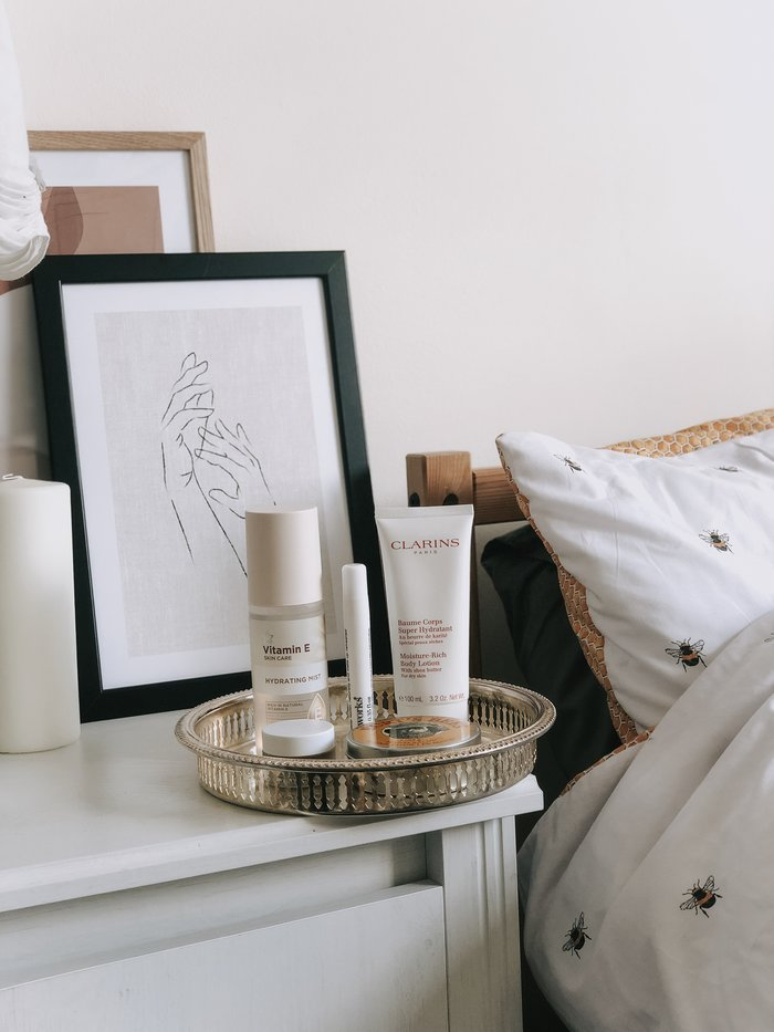 Bedside Beauty Essentials - a rundown of the product I'm keeping within an arms length at all times.