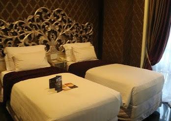 Kamar Hotel Green Hill Universal Bandung