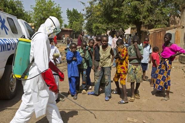 Mortes por ebola sobem para 5.459