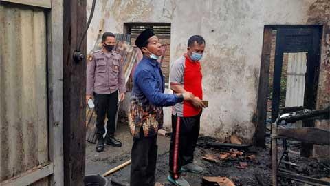 Rumah Warga Ambal, Kebumen, Jawa Tengah Kebakaran