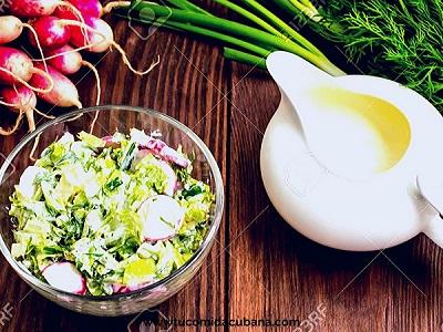 Espinaca con Yogurt Y rábano