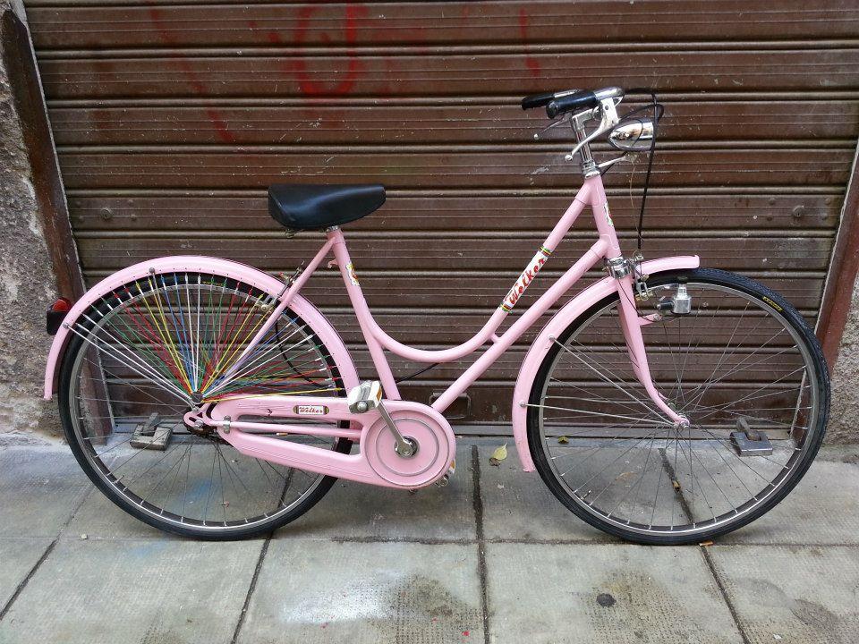 Mari Da Solcare La Bicicletta Rosa