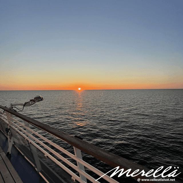 Auringolasku Itämerellä