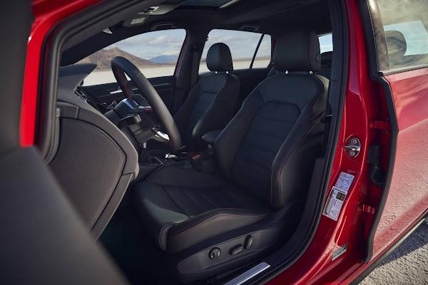 VW Golf GTI 2022
