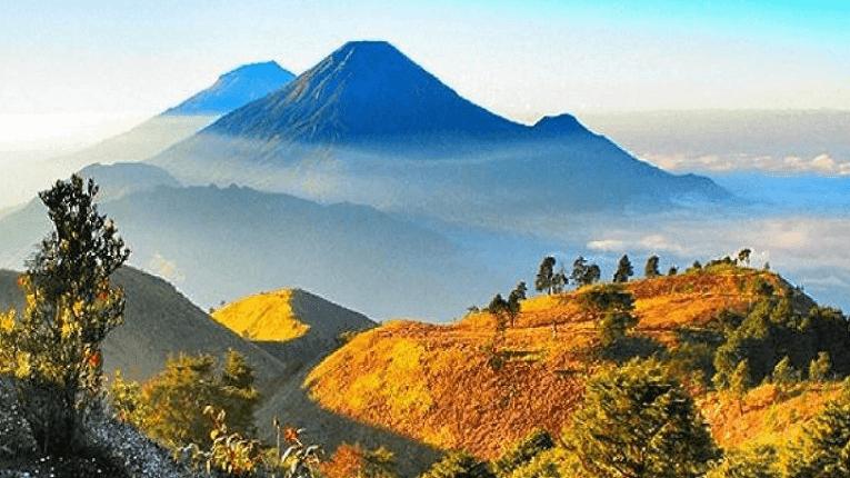 Puisi Gunung Ku Gersang