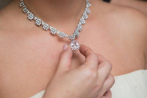 Perhatikan 7 Tips Ketika Hendak Membeli Perhiasan Berlian