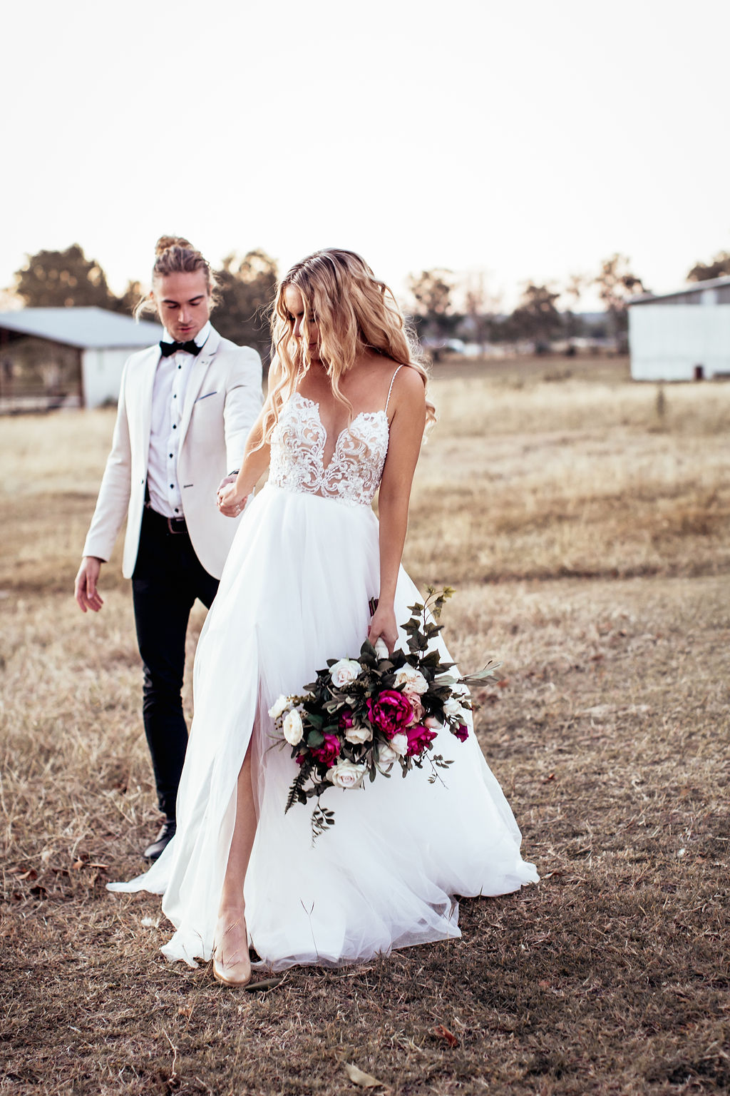 STYLED: CHARMED RUSTIC COUNTRY WEDDING INSPIRATION | WOOD HILL QLD