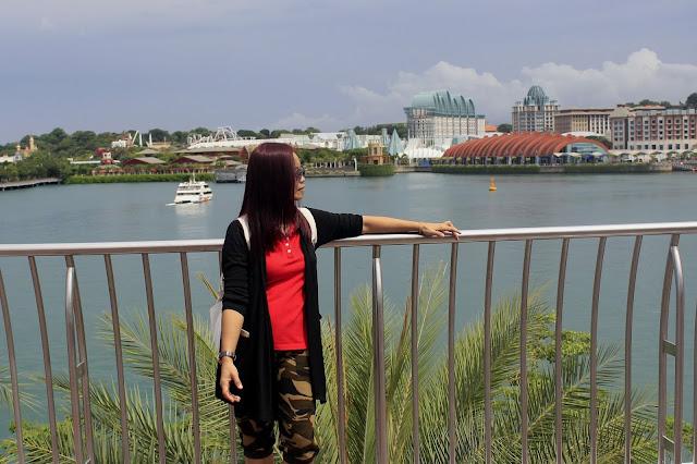 Foto-foto Kenangan di Harbour Front Singapore