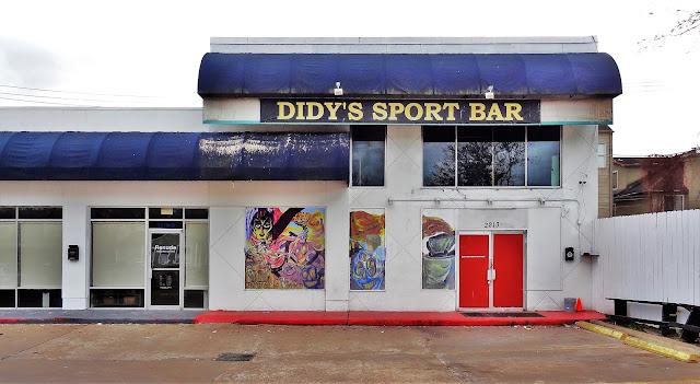 2213 Richmond Ave, Houston, TX 77098 - Bar space
