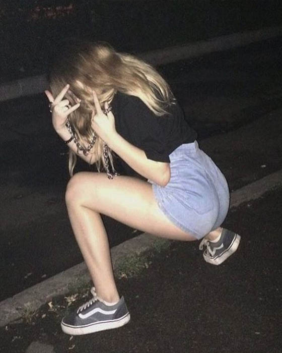 Poses tumblr para fotos de noche originales