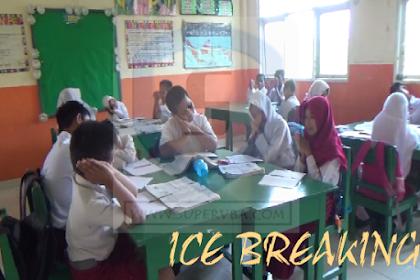 Ice breaking dengan game untuk meningkatkan kemampuan menulis dan bahasa anak