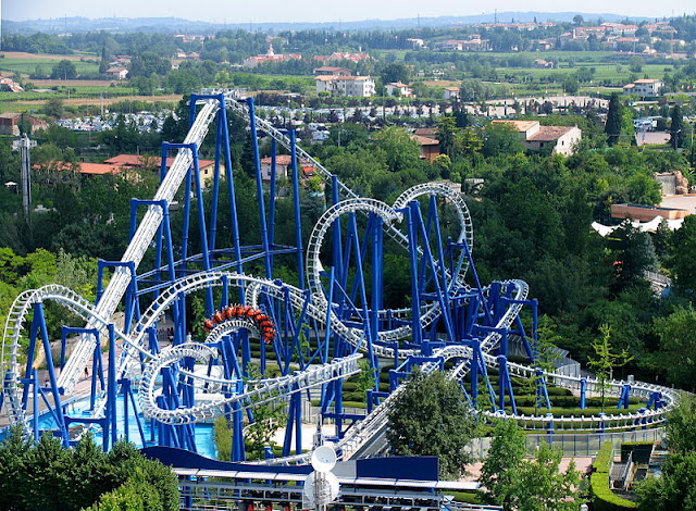 Blue Tornado in Gardaland, Lake Garda | Veneto, Italy | source: Wikimedia