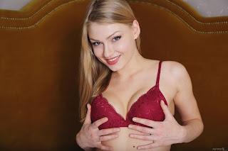 Hot Naked Girl - Lucy%2BHeart-S03-054.jpg