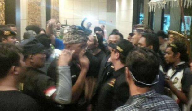 Dicecar Kata-kata Kasar oleh Oknum Bali, UAS: Saya Bukan Perampok