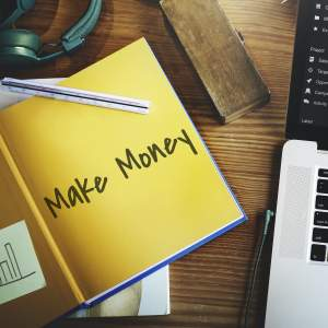THREE EASY STEPS TO MAKE MONEY ONLINE BY BLOGGING