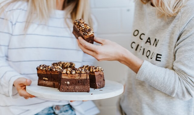 إليك أهم فوائد الشوكولاتة للنساء