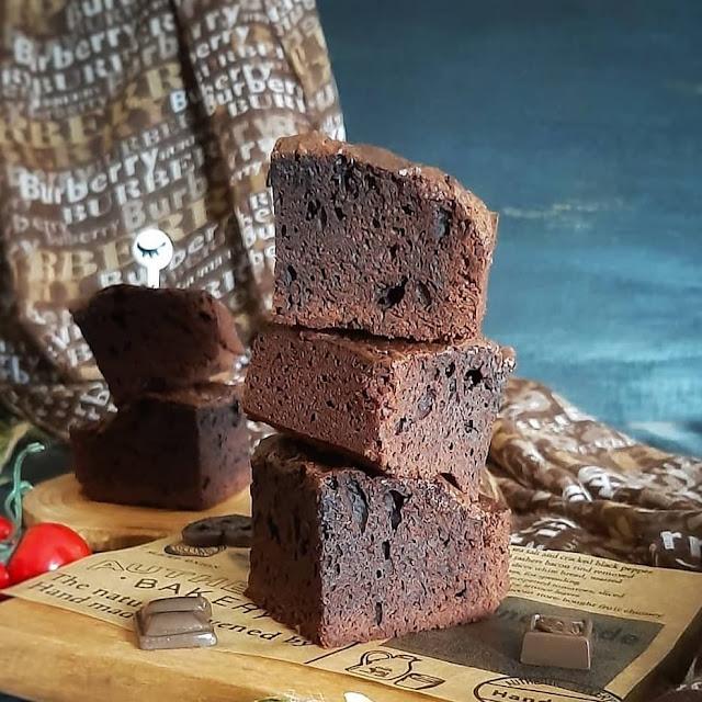 Resep Praktis Brownies Panggang Ala Rumahan Kesukaan Si Kecil
