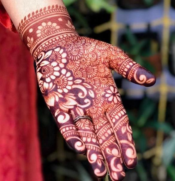 Front Hand Indian Mehndi