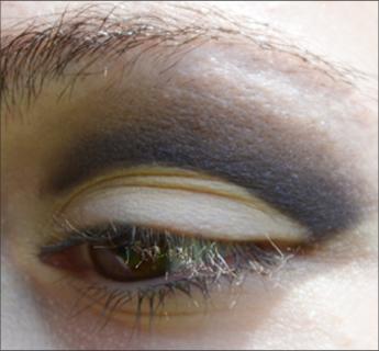 Maquillage des yeux : la technique du cut crease expliquée simplement et pas à pas - tutoriel