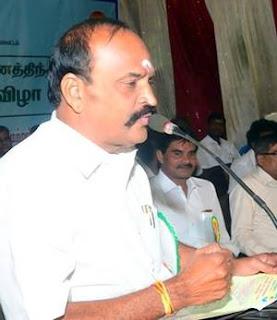 Kadambur Raju on stage