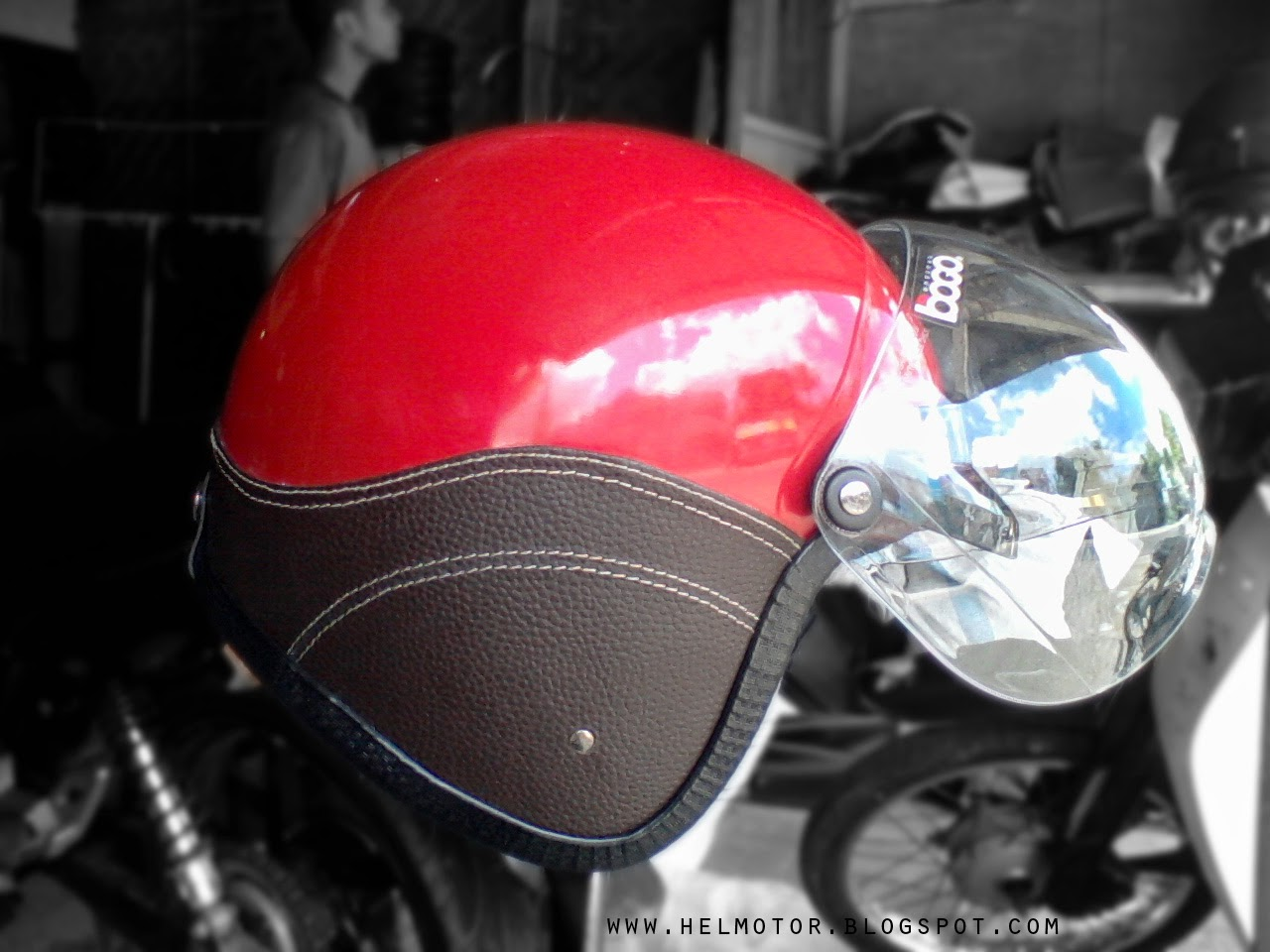 Helm Vespa Bogo KSC Merah  Helm Vespa