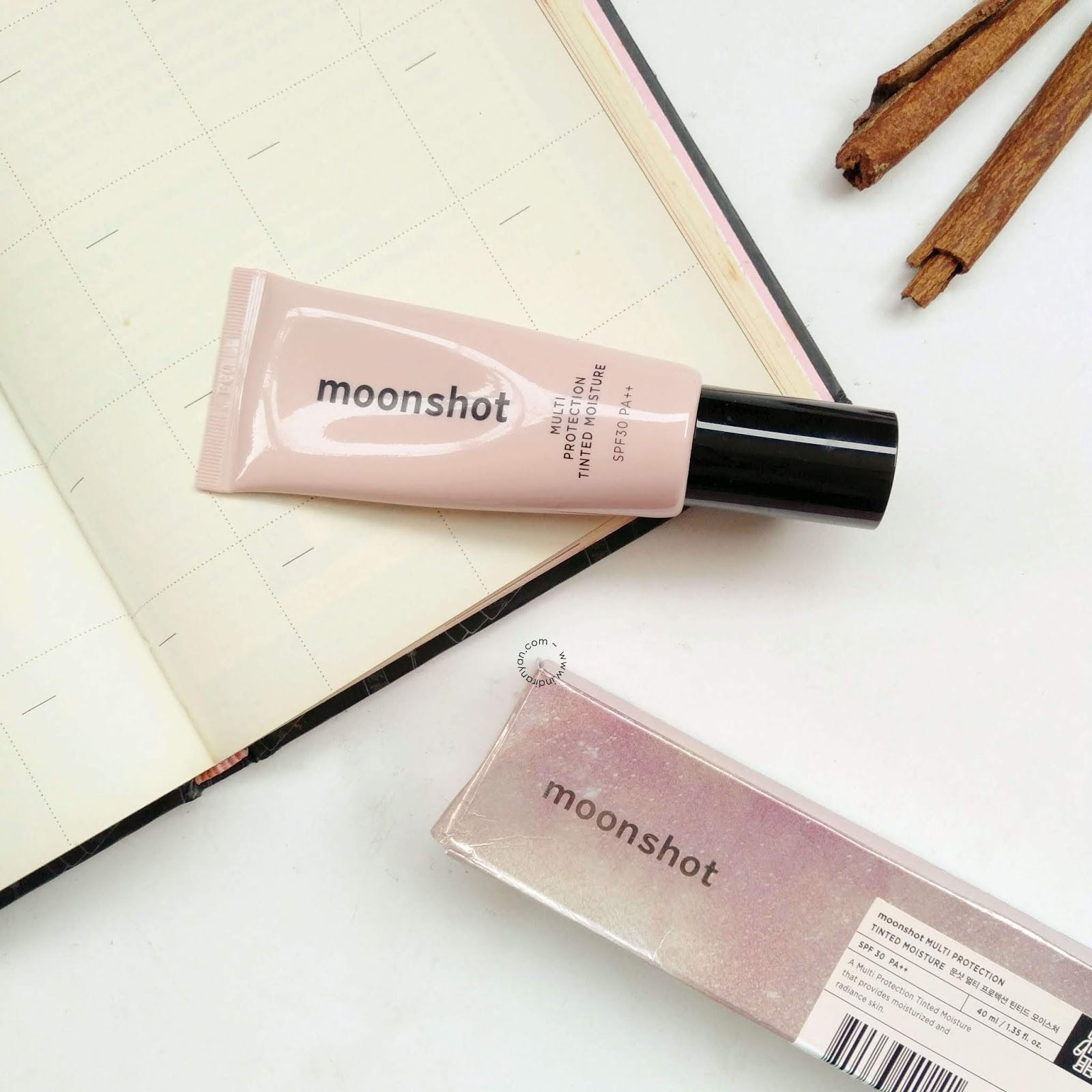 moonshot-multi-protection-tinted-moisture