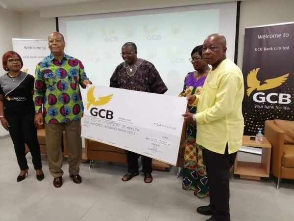 GCB BANK SUPPORTS MINISTRY OF HEALTH WITH 100,000.00 GHANA CEDIS TO FIGHT COVID-19