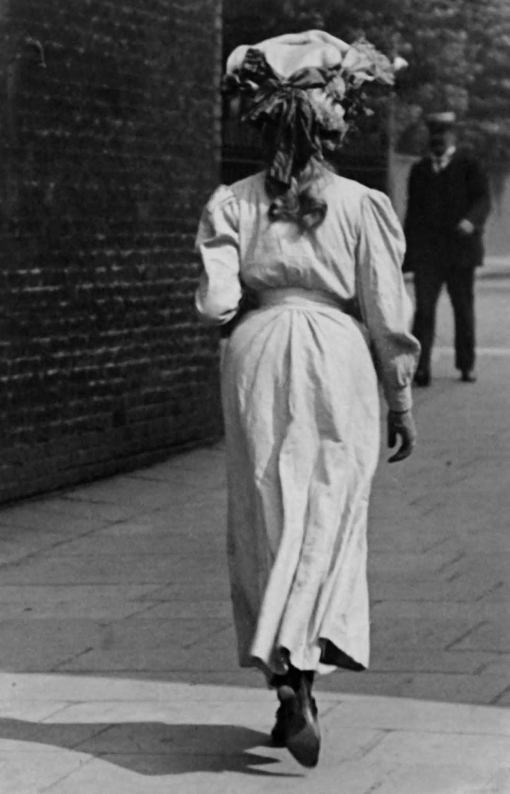 Kensington, 1906.