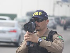 PRF determina suspensão e recolhimento de radares móveis