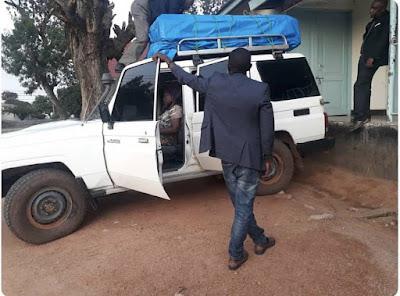 Kaimu Mkurugenzi Atumbuliwa kwa Kusafirisha Maiti Juu ya Carrier ya Gari.