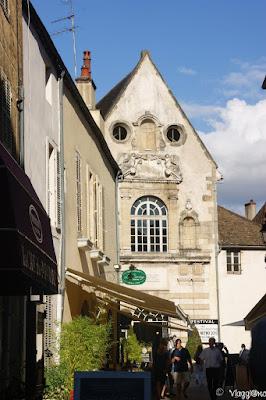 Vie ed edifici del centro di Beaune