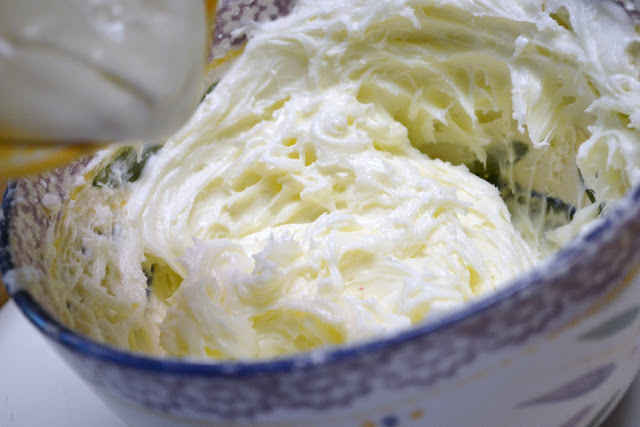 whipped cream cheese