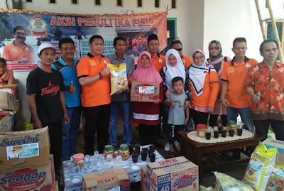 IKA FISIP Unila Salurkan Bantuan untuk Korban Banjir