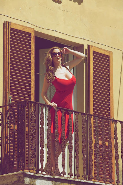 jordan-carver-balcony-hd-photoshoot-hq-picture-8