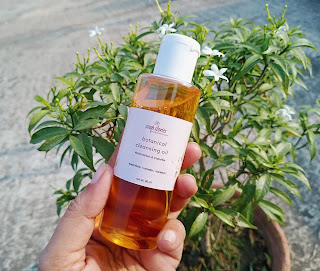 Cleansing oil, double cleansing, clear skin, soothing