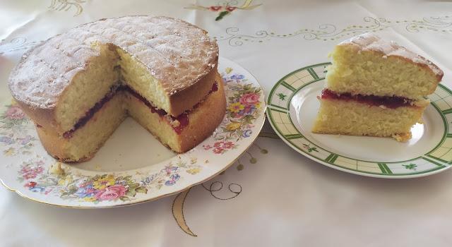 Delicious Victoria Sponge Cake Recipe Slice of Cake