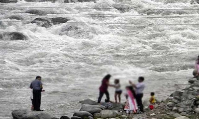 हिमाचल: मां-बेटे को नदी किनारे सेल्फी लेना पड़ा महंगा, ब्यास में बहने से दोनों की मौत