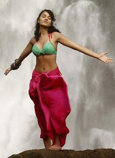 Pictures Very Hot Nayanthara Hot And Nayanthara Telugu Actress