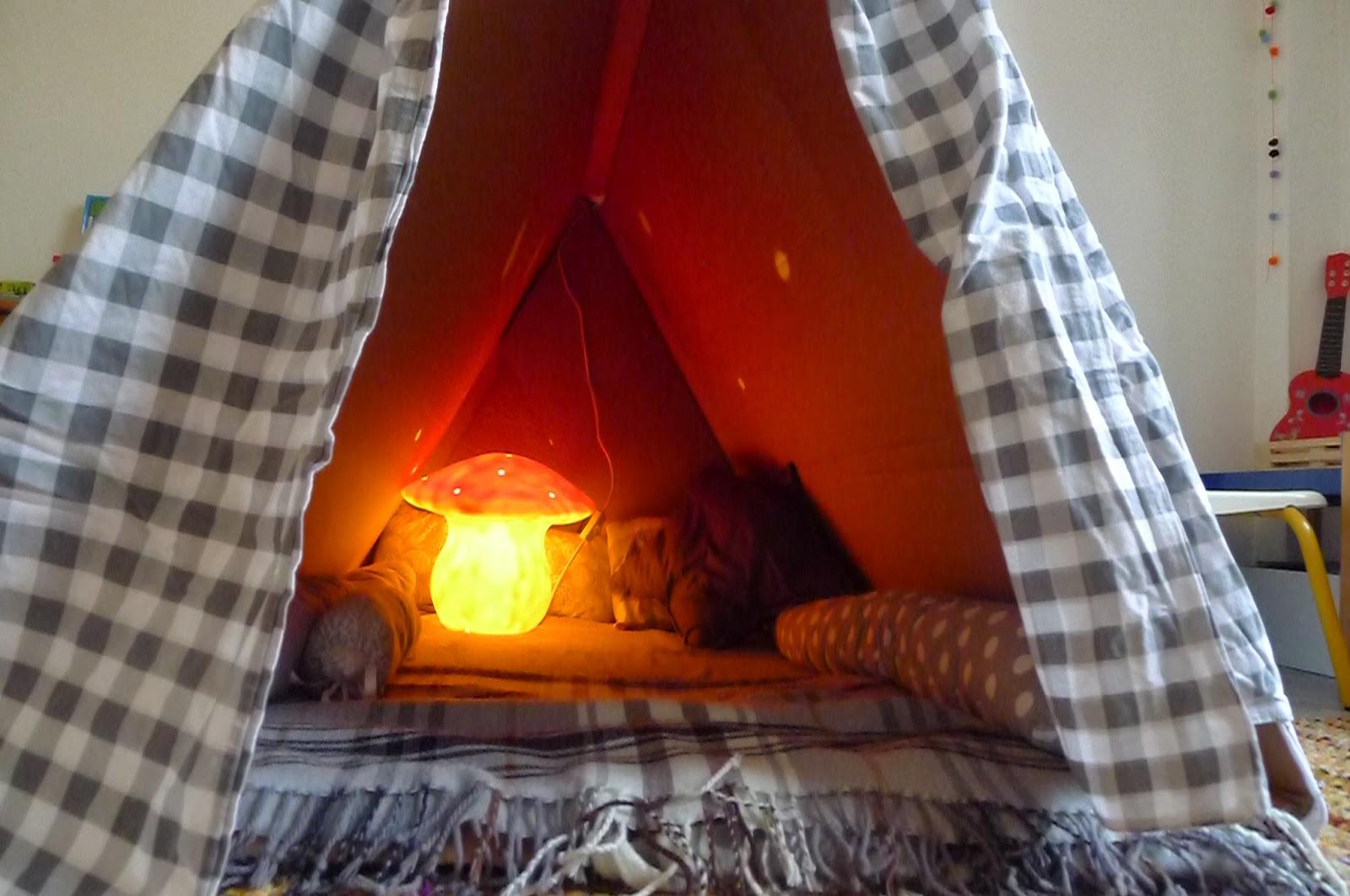 lovelyliving la cabane de b b. Black Bedroom Furniture Sets. Home Design Ideas
