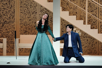 Meyerbeer: Les Huguenots - Ermonela Jaho, Yosep Kang - L'Opéra national de Paris (Photo Agathe Poupeney/OnP)